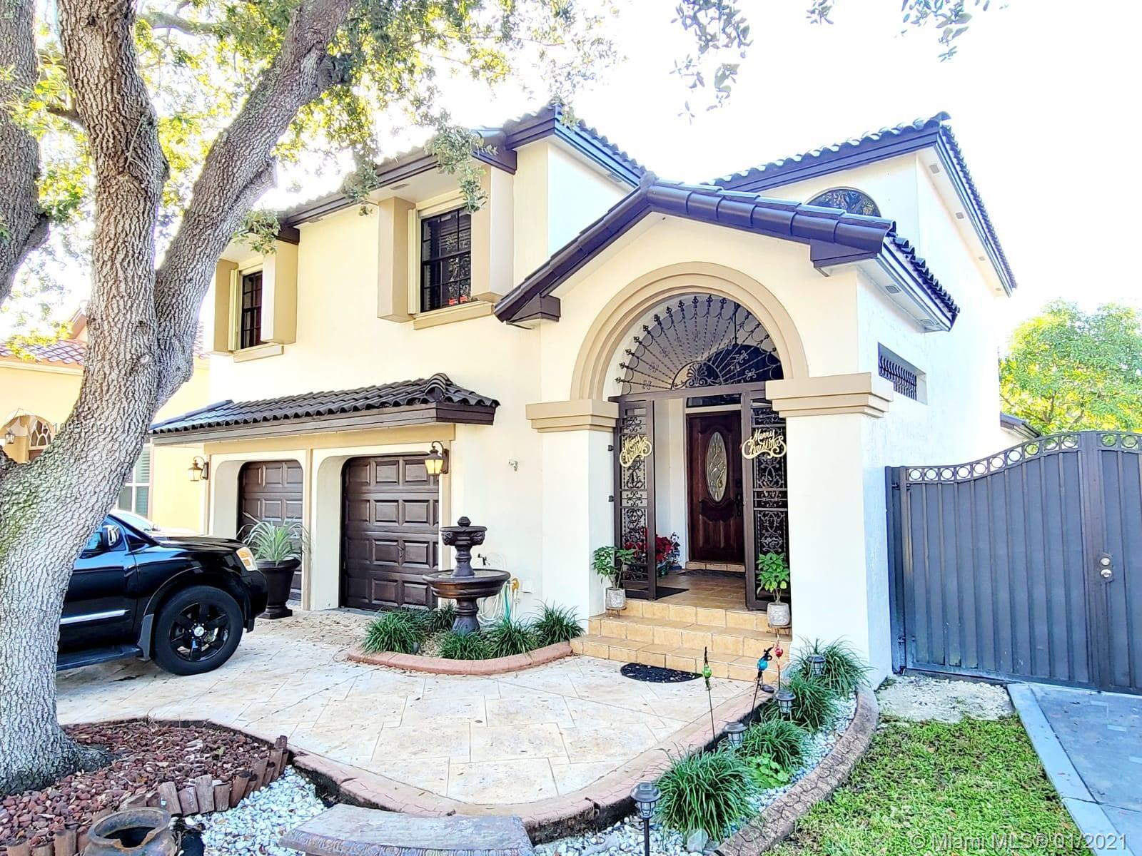 8740 NW 153rd Ter , Miami Lakes, Single-Family Home,  for sale, One Stop Realty - Miami